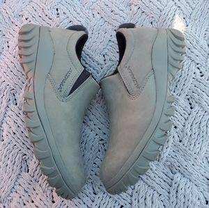 Altama casual shoe